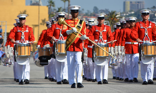 "United States Marine Corps Marine Drum and Bugle Corps (""The Commandant's Own"") and Un"