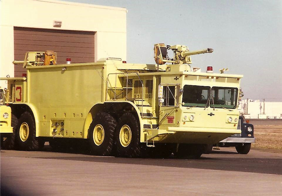 Oshkosh P-15 Truck, Airport Rescue Fire Fighting (ARFF)