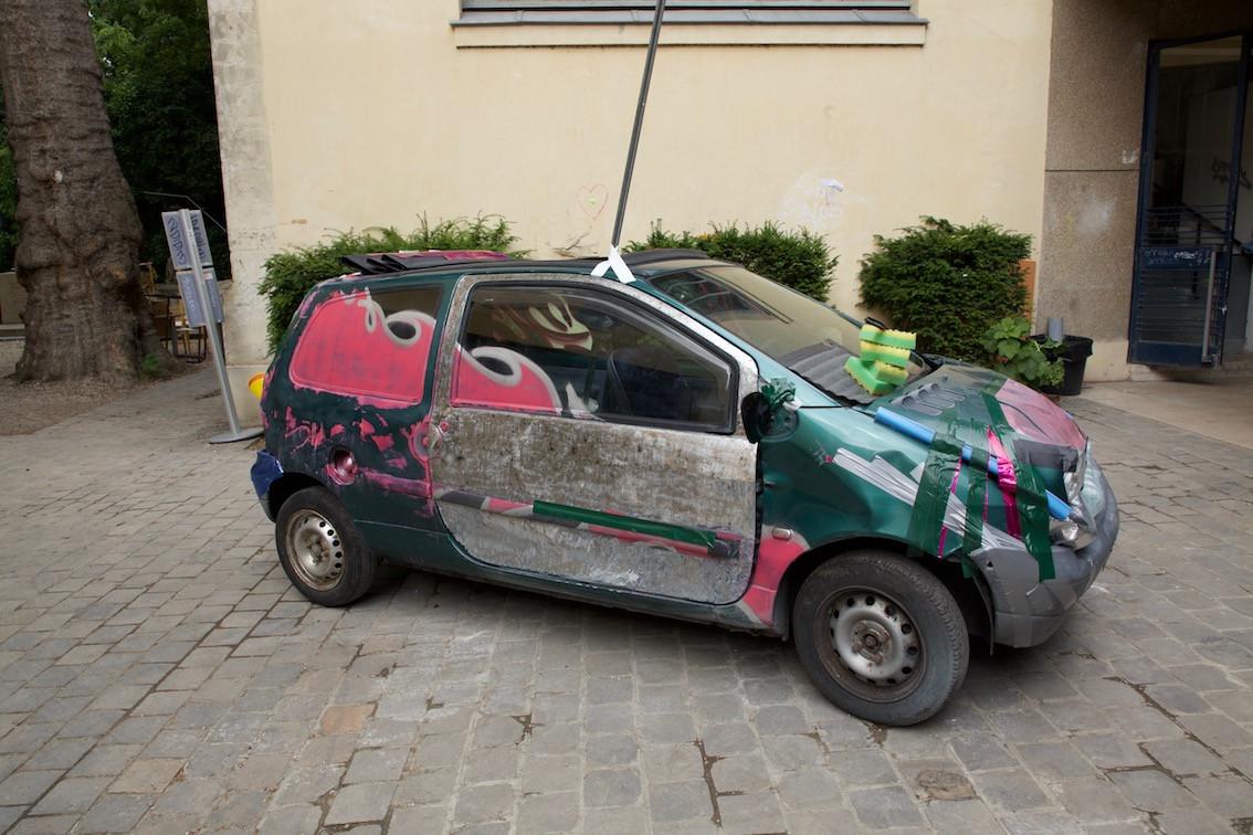 CAR LARGE.jpg