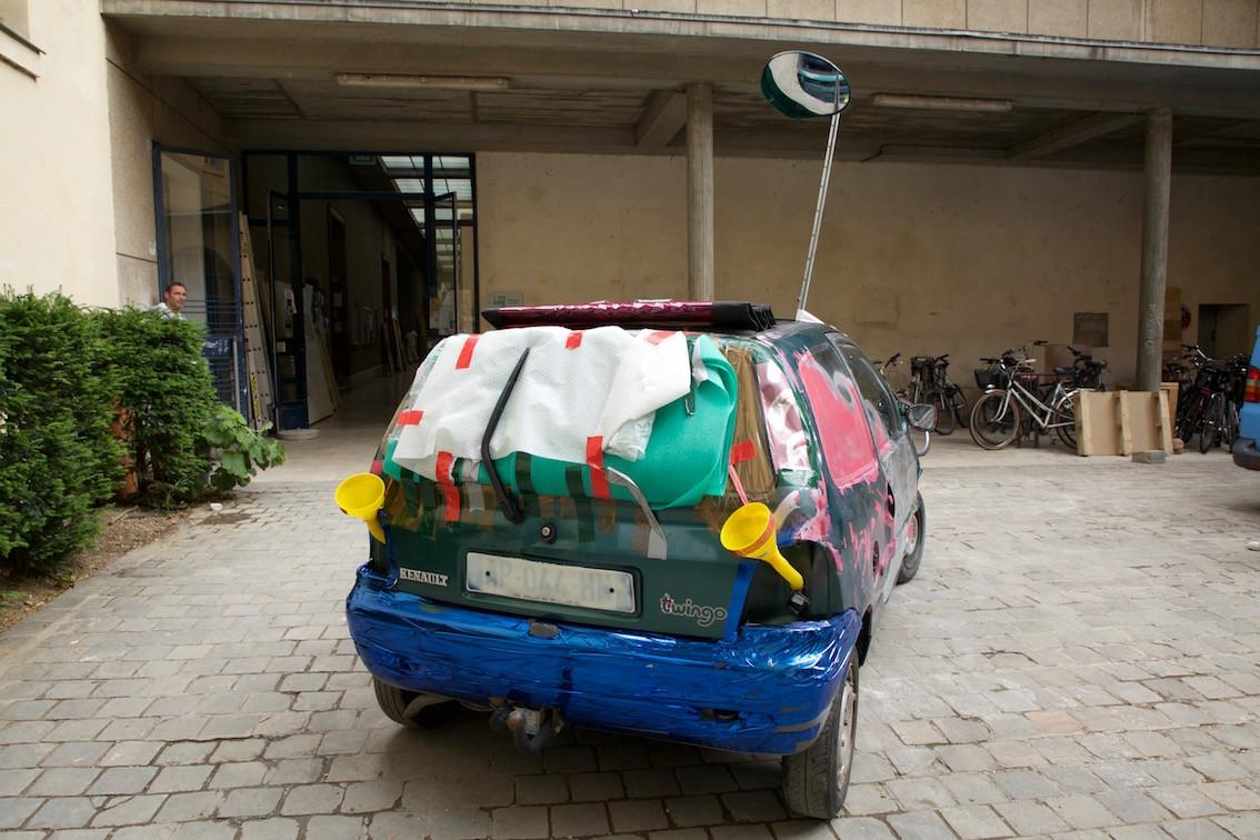 CAR BACK.jpg