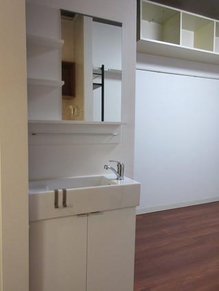 洗面台付きの部屋が完成しそうです