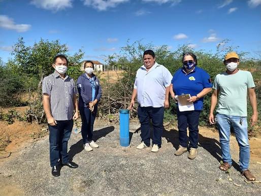 Prefeito Silvano Dudu e técnicos do programa água doce visitam ponta de serra e lagoa do severo