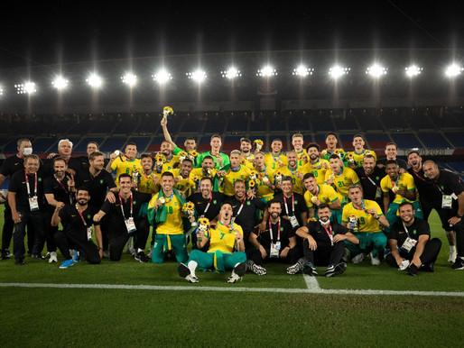 É OURO! Brasil vence a Espanha na final do futebol masculino e é bicampeão olímpico