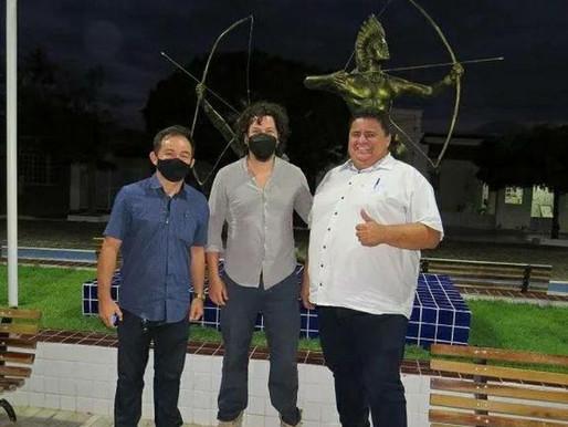 Em visita à Caraúbas cineasta irá produzir documentário