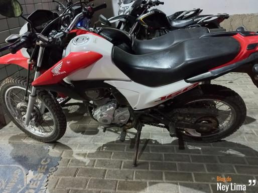 Indivíduo com várias passagens pela polícia é detido suspeito de furtar motos em Poço Fundo PE