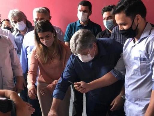 Governador assina ordem de serviço para construção de Restaurante Popular em Monteiro