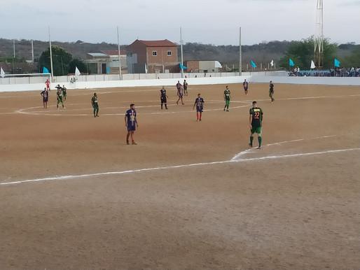 Prefeitura de Caraúbas inicia campeonato Municipal de futebol com duas partidas