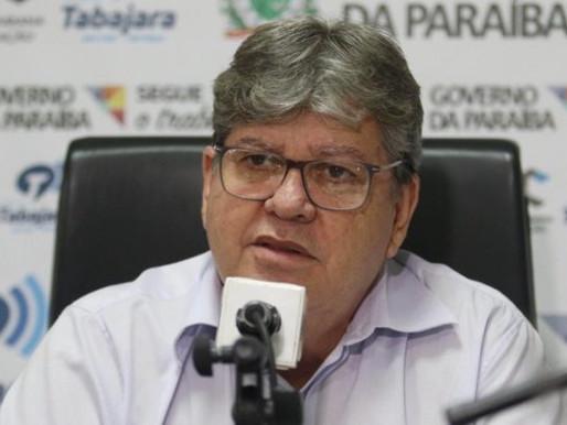 'Não existe chapa ou convite feito a Romero', dispara João sobre aliança com ex-prefeito