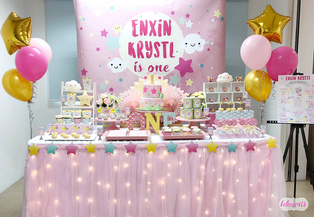 Litte Star Dessert Table