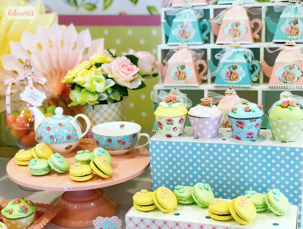 cath kidston inspired dessert table