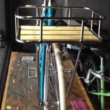 סלסלת אופניים תחתית עץ