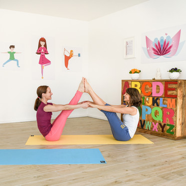 POP KINDER YOGA Privat Yoga für Erwachsene