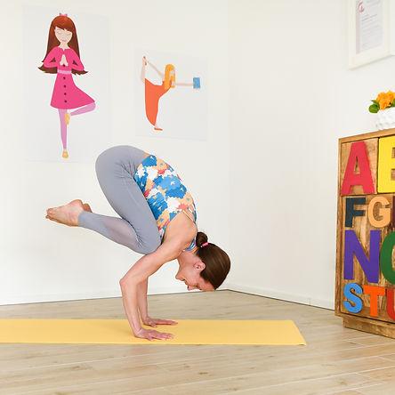 kinder yoga, yoga für kinder wiesbaden, yoga fü yoga in wiesbaden jugendliche,