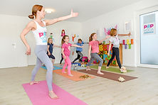 POP KINDER TANZ YOGA, tanzenfür kinder, yoga für kinder, kinder turnen, wiesbaden yoga kids