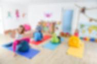 POP KIDS YOGA Wiesbaden. Child oa Adventure classes. POP YOGA FÜR KINDER