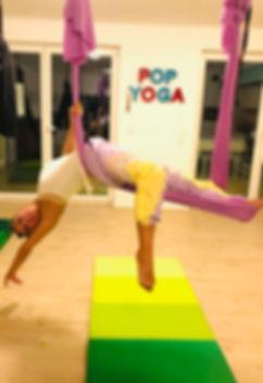 pop flying kids aerial yoga wiesbaden 1.