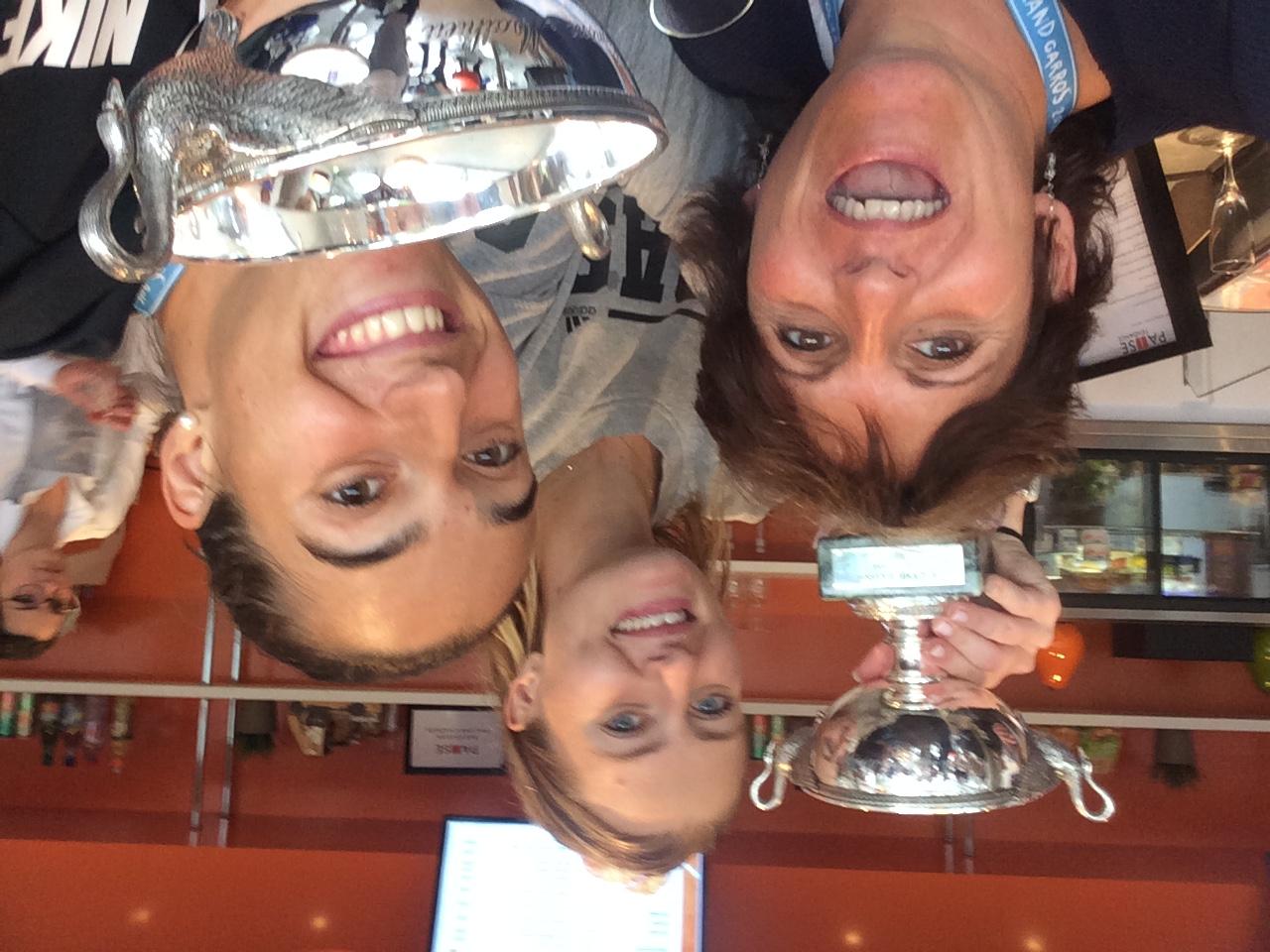 Sophie with Caro & Kiki 2016 Winners