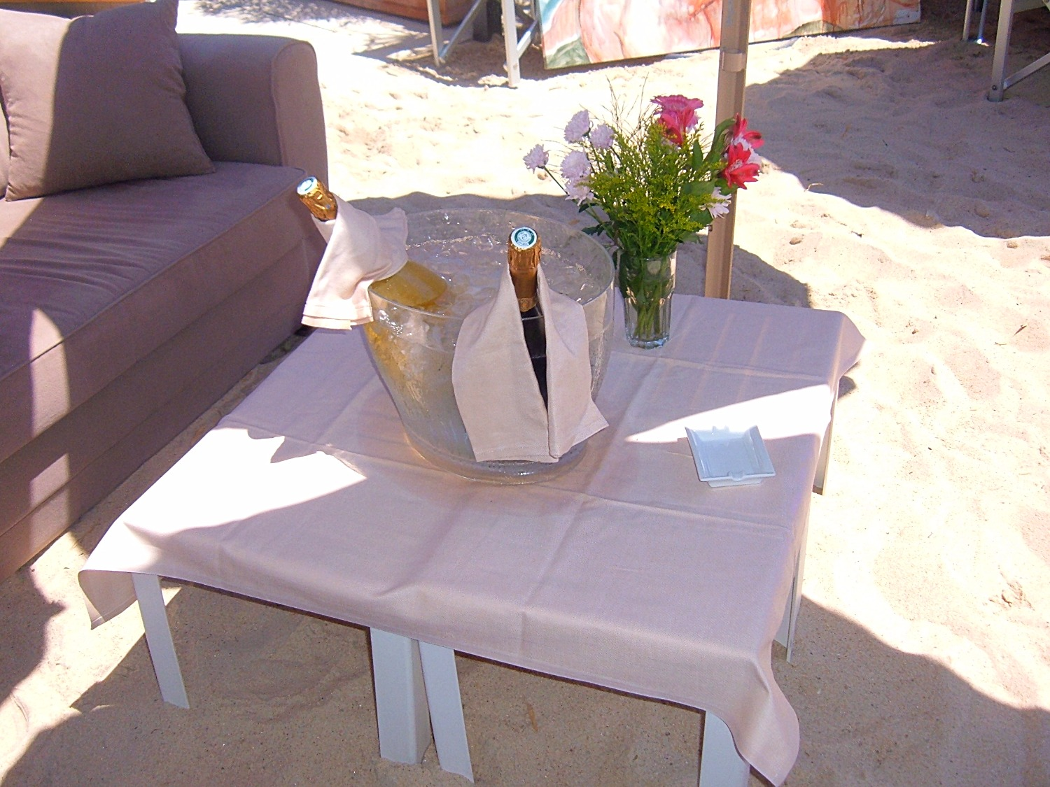 Champagne on the Beach!