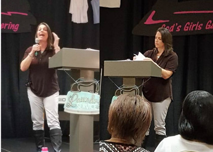 Jennifer Rash speaking at The Wrinkle Free Women Women's Conference in Pigeon Forge, Tennessee