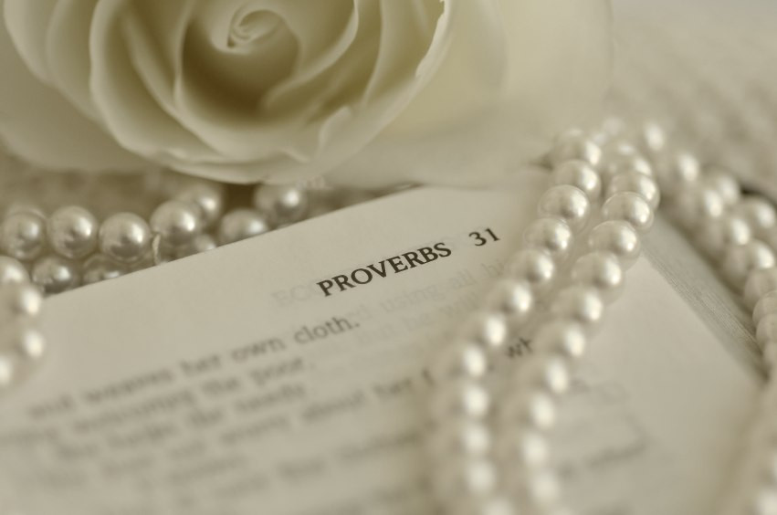 A closer look at the Proverbs 31 Wife, Relax! It's not about being perfect, a fresh look at Proverbs chapter 31