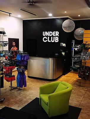 Tienda Under Club Escazú