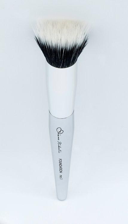 01. Foundation Brush