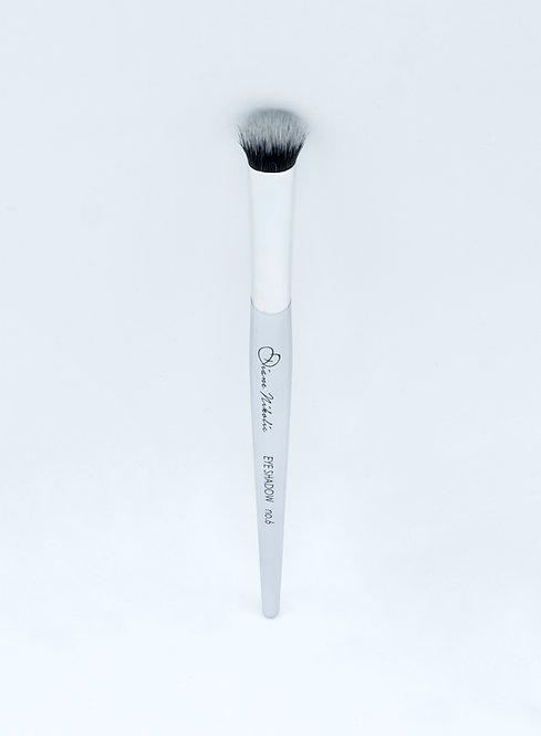 06. Eye Shadow Brush