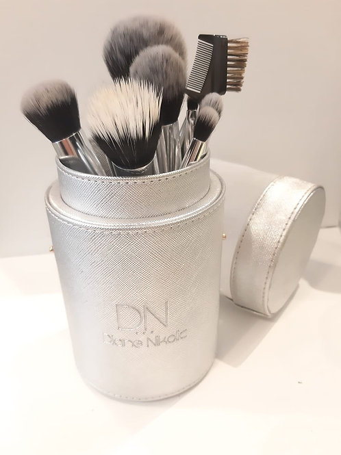 2 x Complete Brush Sets + 2 FREE Cases