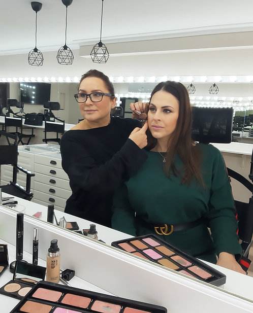 One-to-One Make-up Lesson with Diane Nikolic