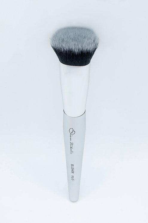 05. Blusher Brush