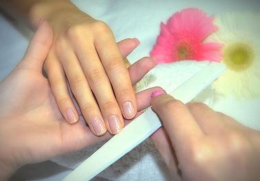 manicure_edited.jpg