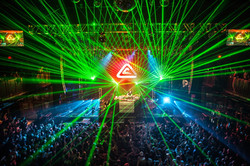 Hardwell_bus_tour_lasers-20