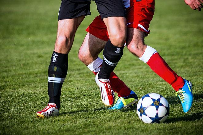 Knee Pain Soccer Athlete Sports Rehab