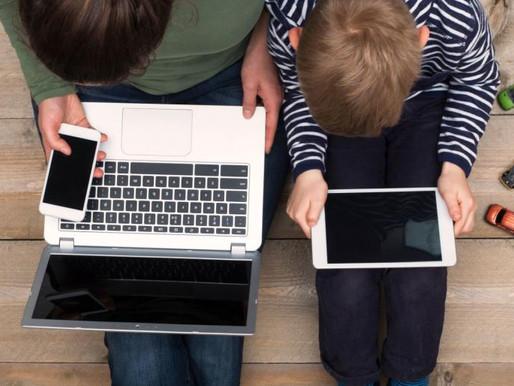 'Εντονη η ανησυχία των γονέων για την χρήση του διαδικτύου από τα παιδιά