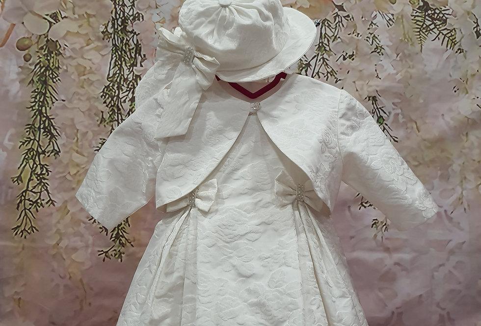 Φορεματάκι βάπτισης με ανάγλυφα λουλούδια