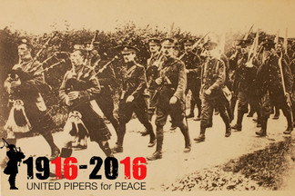 """Commémoration de la Bataille de la Somme """"United Pipers for PEACE """" 1916 -2016"""