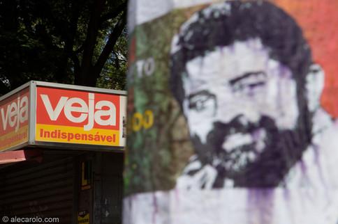 Veja vs Lula