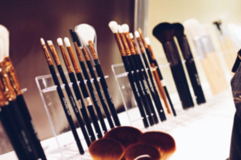brushes_t20_JY4yWk.jpg
