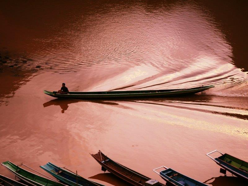 37. Fischerboot am Abend (Laos)