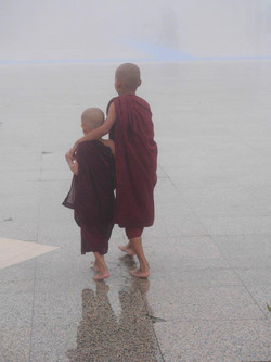 65. Junge Mönche (Myanmar)