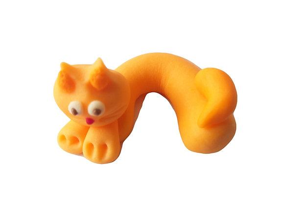 Guļošs kaķis Ruds