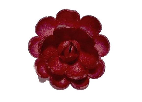 Karmīnsarkani lielie ziedi