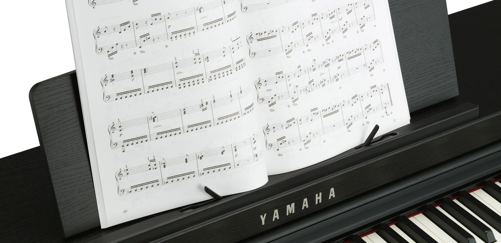 Yamaha CLP 625