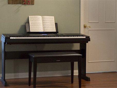Super-výhodné sety s klavírními stoličkami
