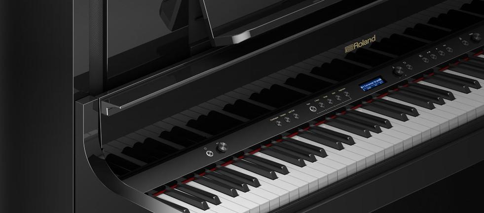 Roland LX 705 leštěný eben