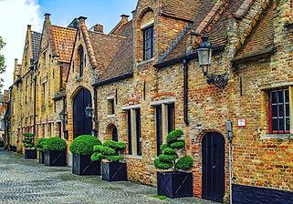 old streets brugge.jpg