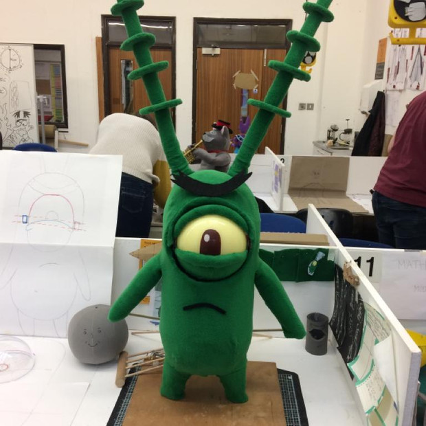 An angry finished Plankton, with an eye mech that rotates down and back to centre, with top and bottom lid blink, rod puppet arms with some lovely sympathetic antennae and rotatable eyebrow, a loveable fleecy boy.