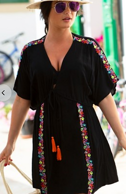 Black tunic with flower embroidery