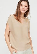 Sleeveless tunic jumper thing