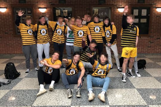 Soccer team members give Nazi salute in Zionsville, IN